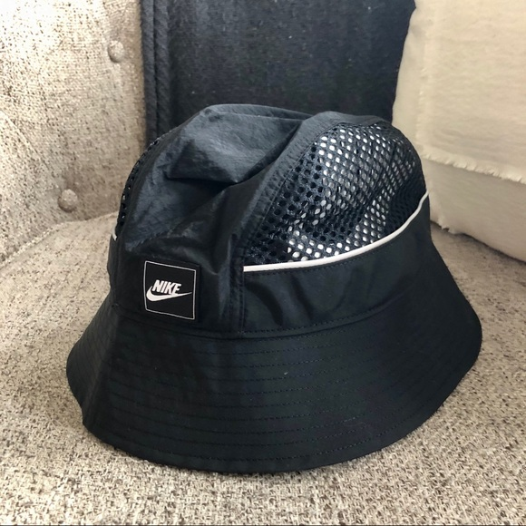 Nike Accessories - Nike Bucket Hat